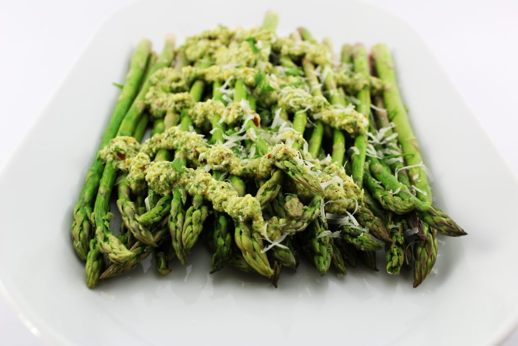 Lemon Feta Pesto Asparagus is the perfect side for any main meal! This recipe is easy to make. Weight Watchers friendly!