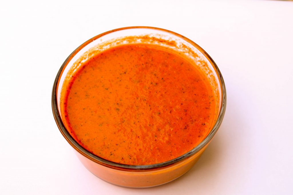 Weight Watcher friendly recipe fresh and delicious Roasted Bell Pepper Dressing that's only 3 SmartPoints! This dressing is easy to make, vegetarian, & flavorful.