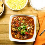 Slow Cooker Roasted Pepper Veggie Chili