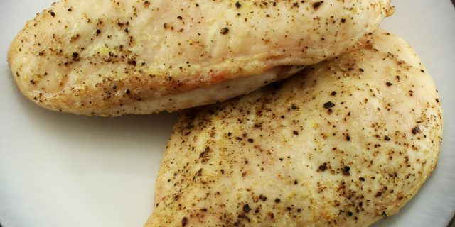 Weight Watcher friendly Oven Roast Chicken recipe that is easy to make and delicious. Great for salads or any other recipe! 2 SmartPoints per serving!