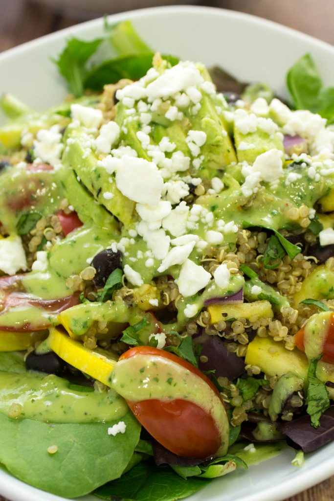 Grilled Vegetable Quinoa Salad is light & filling meal perfect for a weekday lunch or hearty dinner! Weight Watchers friendly recipe. www.bitesofflavor.com