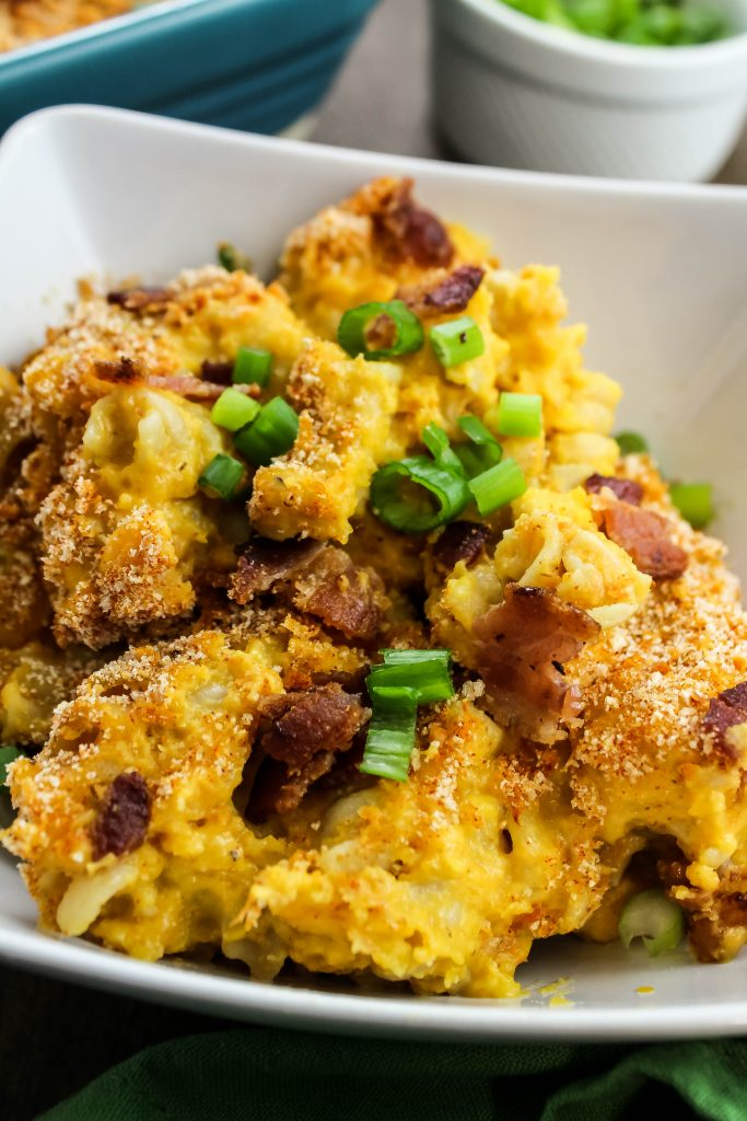 Close up picture of bacon butternut macaroni and cheese in a bowl